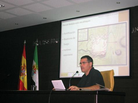 Presentación de Historia e Imagen de un asedio. Badajoz 1705. Carlos Sánchez Rubio