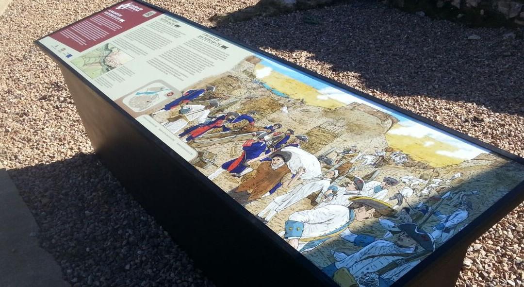 Nuevos atriles de señalización de la muralla de Badajoz