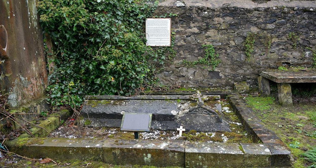 La tumba de Joseph Dyas en el cementerio de Ballymena
